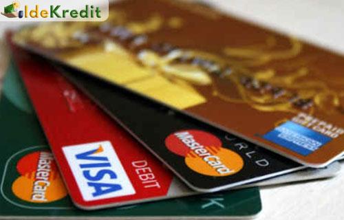 Perbedaan Kartu Kredit dan ATM Debit Semua Bank