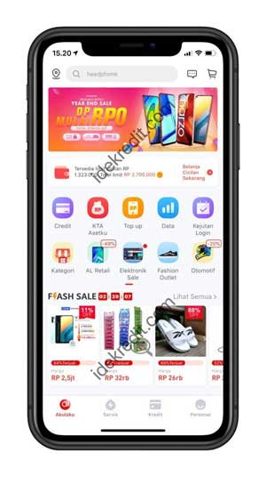 Masuk ke Aplikasi Akulaku di smartphone kalian.